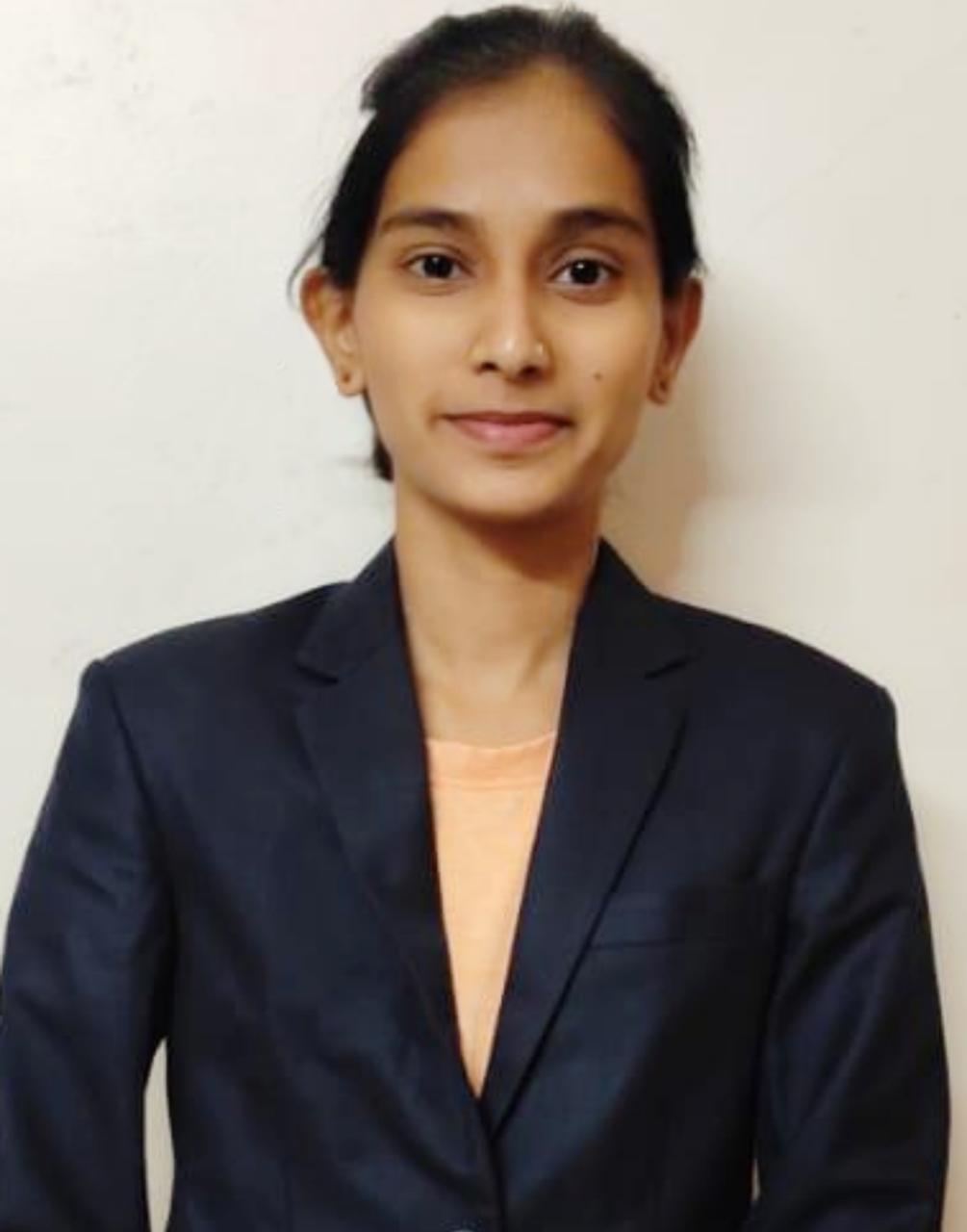 Komal Laxman jadhav